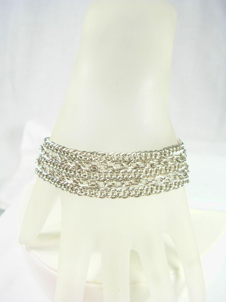 Bracelet with 5 Rows of Chain in Silver Tone – Stunning!