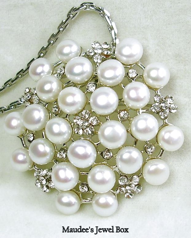 Simulated Pearl and Rhinestone Pin / Brooch / Pendant in Silver Tone