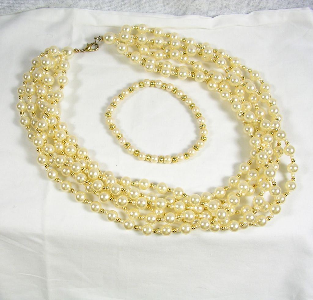 Collectible 6 Strand Simulated Pearl Necklace with Bracelet