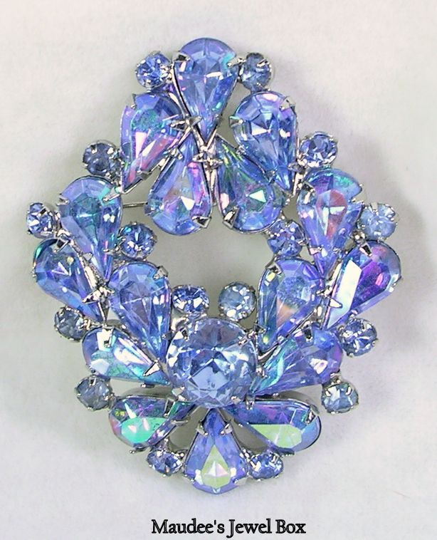 Vintage Delizza and Elster Juliana Powder Blue Aurora Borealis Brooch Pin – Gorgeous!