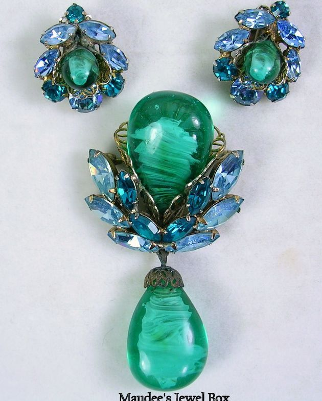 Signed Regency Vintage Demi Parure Green Art Glass Brooch and Matching Earrings