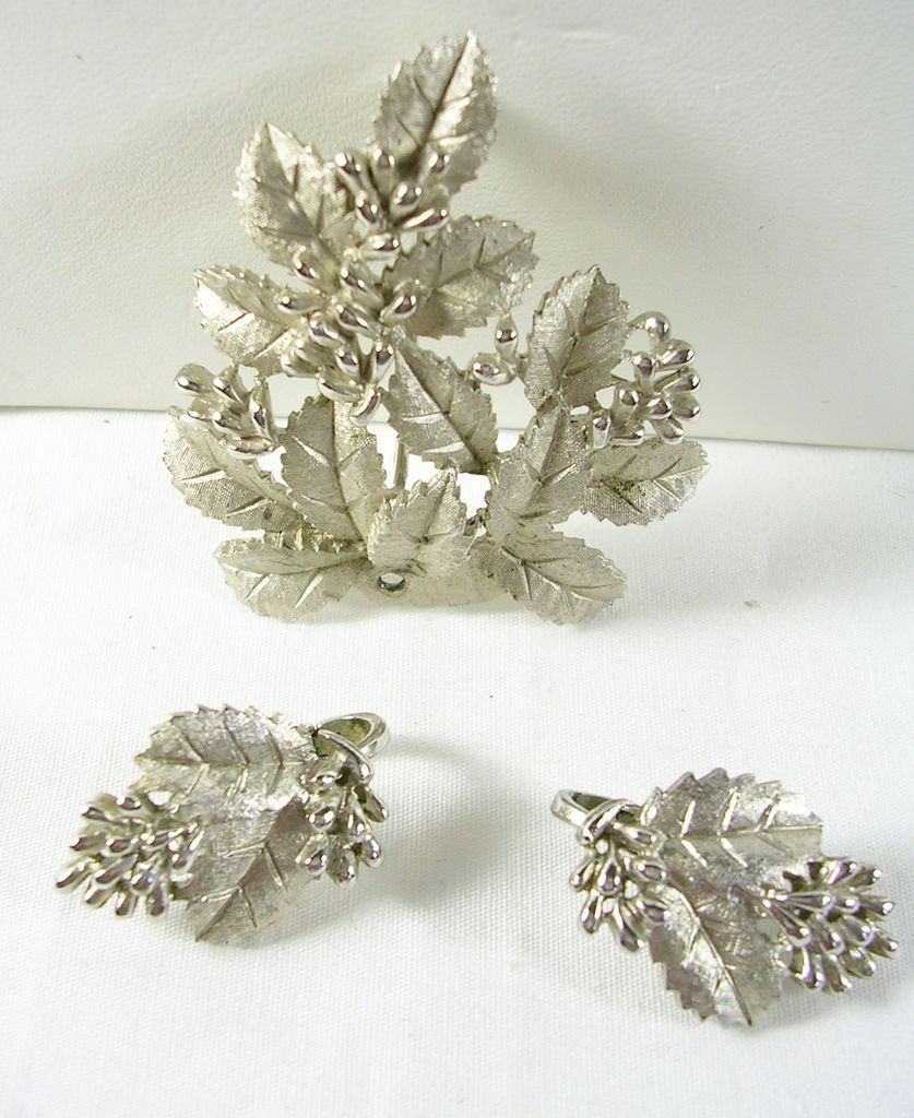 Trifari Vintage Demi Parure Brooch Pin Clip Earrings with Berries and Leaves in Silver Tone