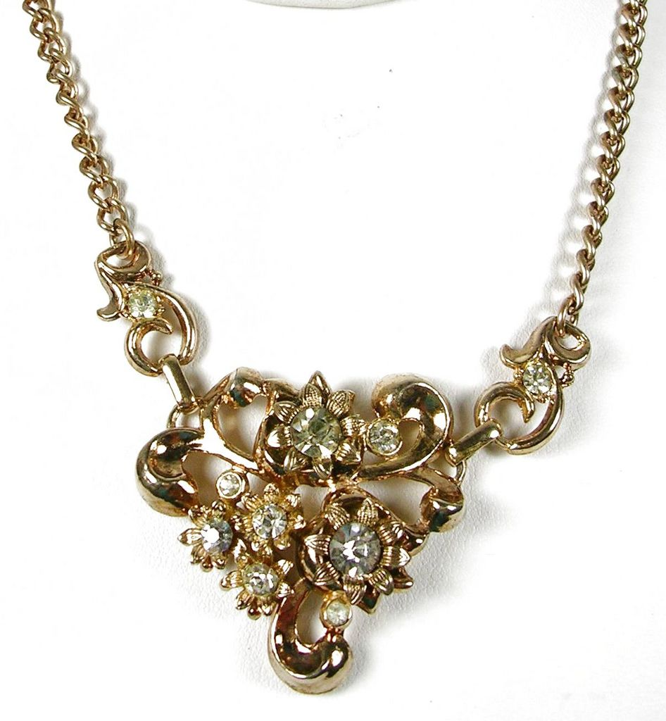 Vintage Floral Bouquet Rhinestone Necklace Gold Tone