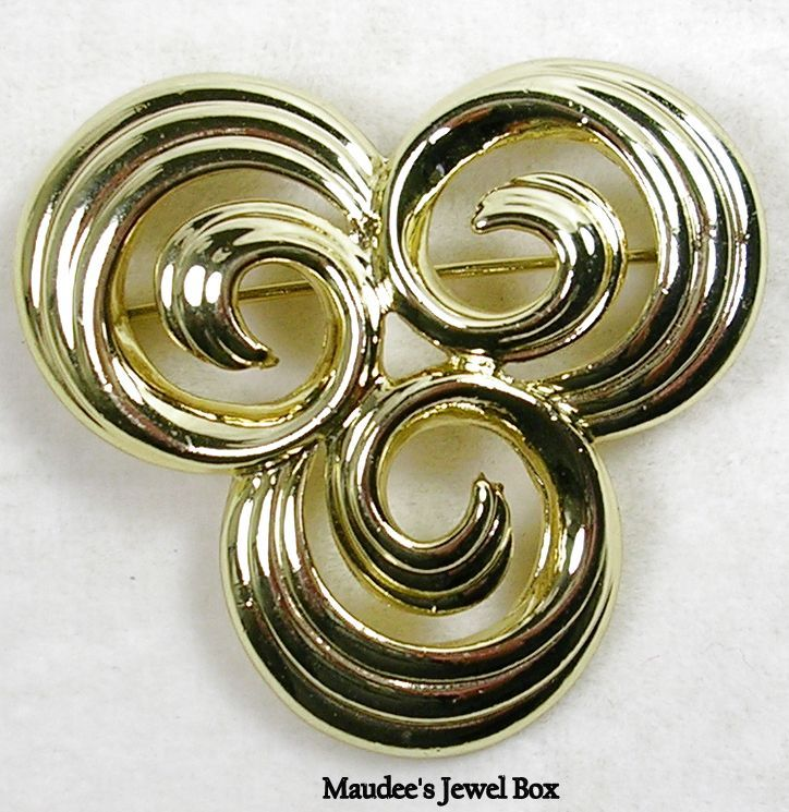 Signed AJC Vintage Triple Swirl Circle Gold Tone Brooch Pin