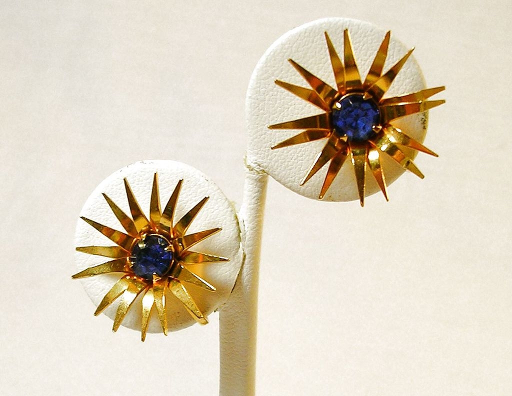 Signed B.N. Vintage Star Earrings with a Simulated Sapphire in Gold Tone