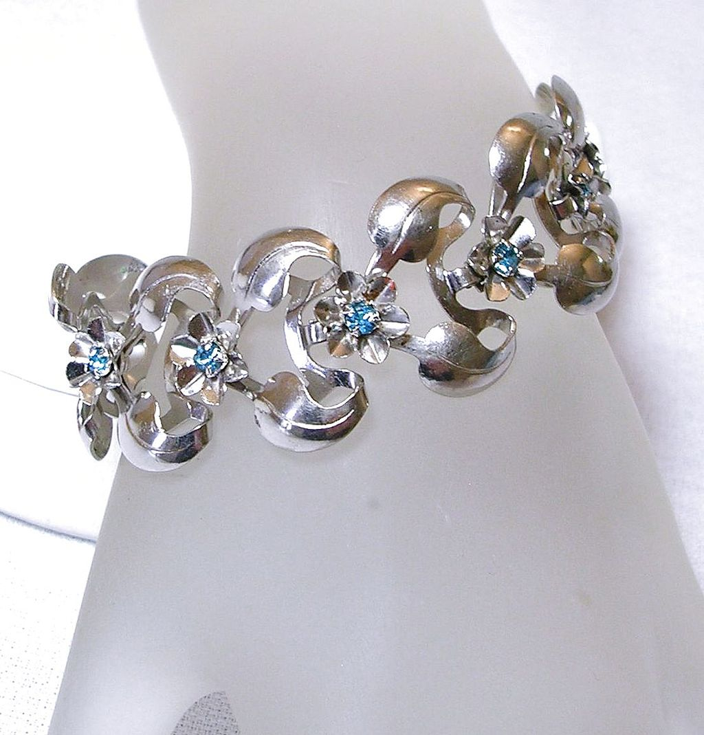 Vintage Floral Bracelet with Blue Topaz Color Rhinestones in Silver Tone