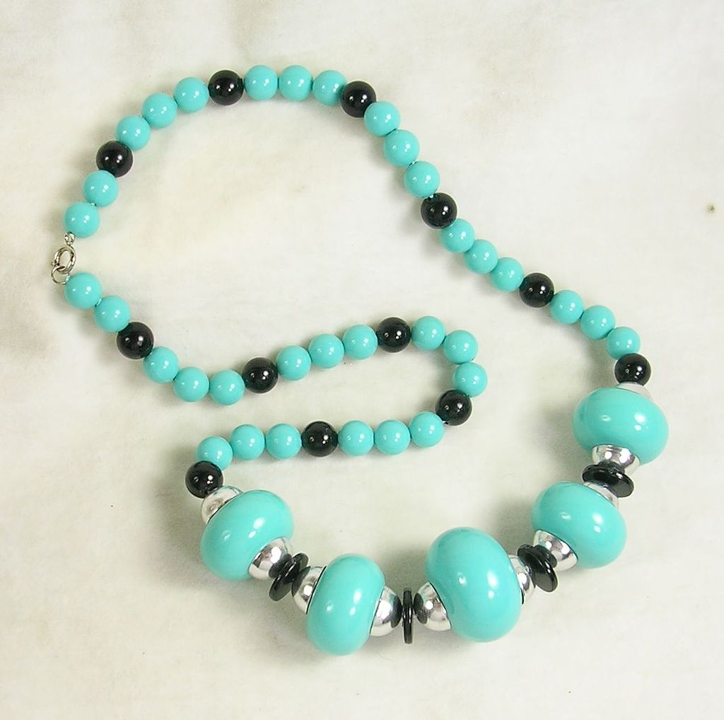 Vintage Plastic Long Beaded Necklace in Silver Tone, Simulated  Turquoise, Simulated  Onyx
