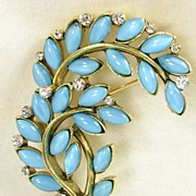 Lisner Simulated  Moonstone Brooch Pin