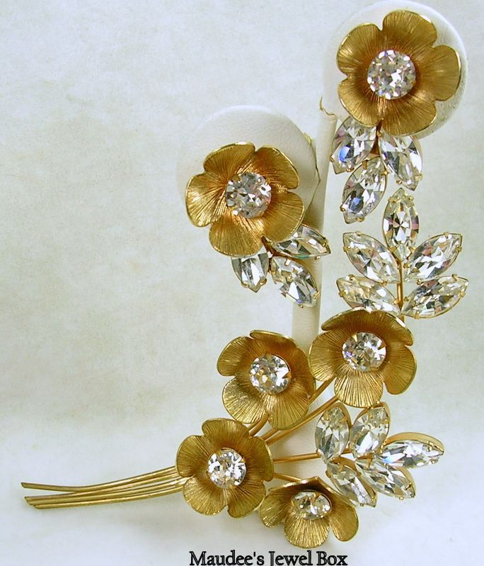 Signed Napier Demi Parure Rhinestone Marquise Floral Brooch with Earrings – Stunning!