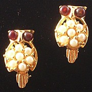 Pair of Owl Scatter Pins with Red Eyes and Faux Pearls
