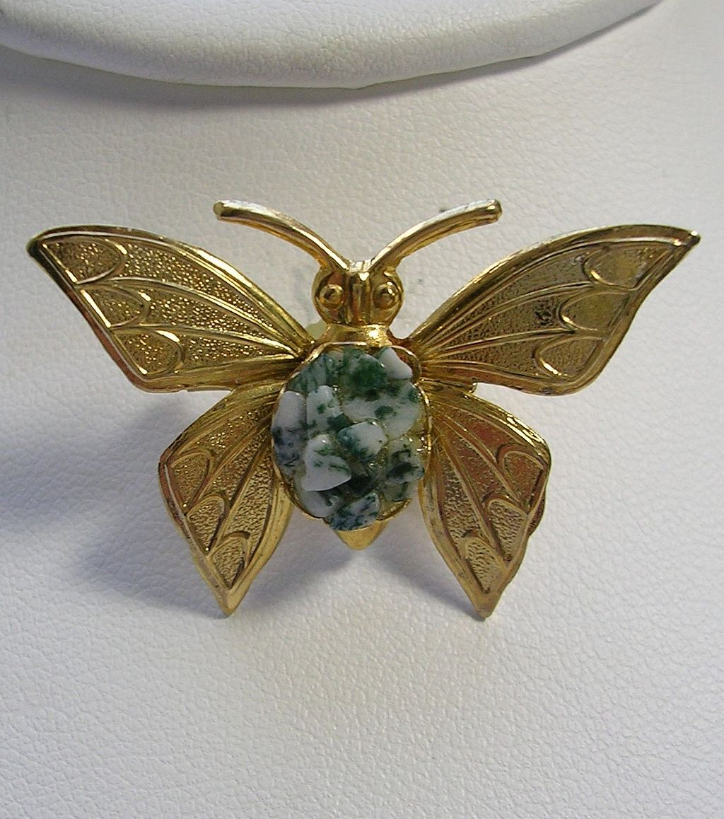 Vintage Butterfly Pin Brooch with Green and White Marble Stone in Gold Tone