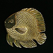 Signed Robin Kahn Blow or Bubble Fish Brooch Pin in Gold Tone