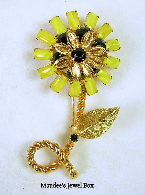 Signed Weiss Vintage Sunflower Brooch Pin