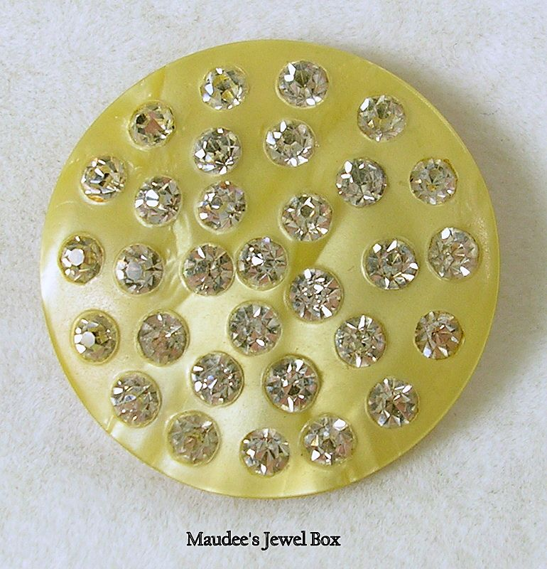 Vintage Lucite and Rhinestone Round Brooch Pin
