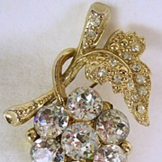 Vintage Gold Tone and Clear Rhinestone Cluster of Grapes Pin
