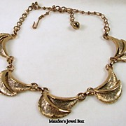 Vintage Copper Tone Scalloped Leaf Necklace
