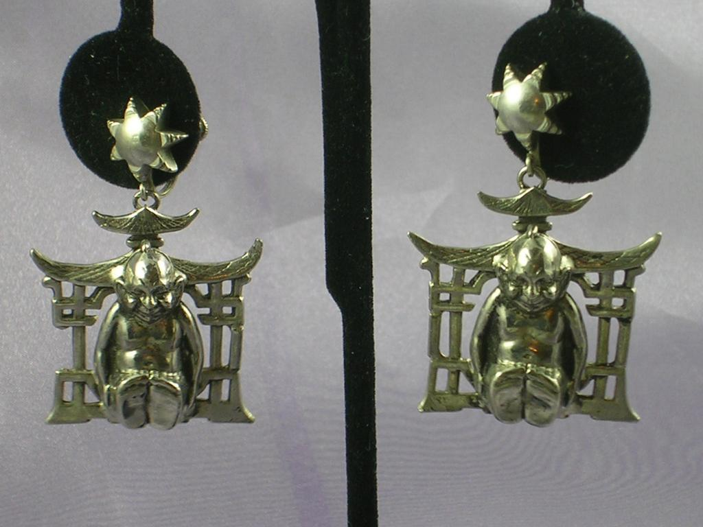 Vintage Buddha Earrings – Large Silvertone