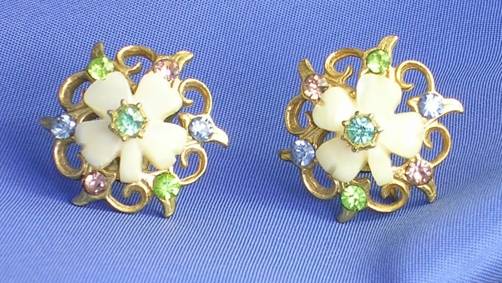 Vintage Mother of Pearl and Rhinestone Clover / Flower Earrings