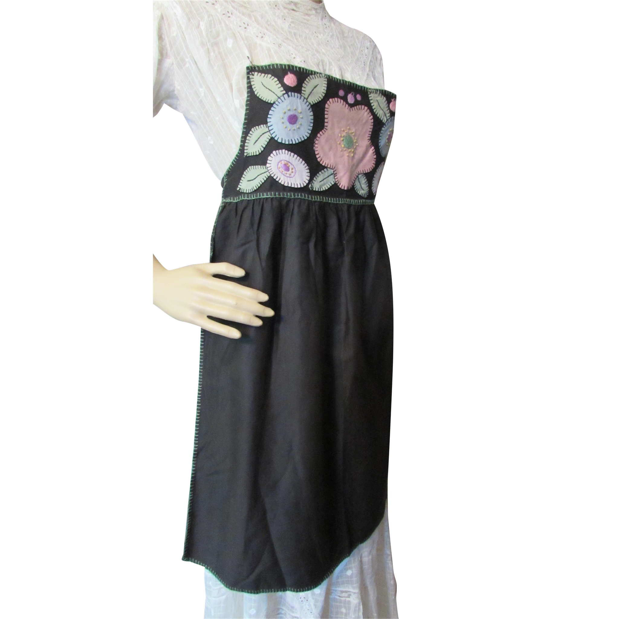 Cottage Style Farmhouse Style Full Apron Hand Made in Black Cotton with Embroidered Stylized Flower Applique Bib