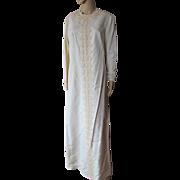 Vintage 1970 Era Wedding Dress in Ivory Tone with Lace Embellishment Contessa Bridals