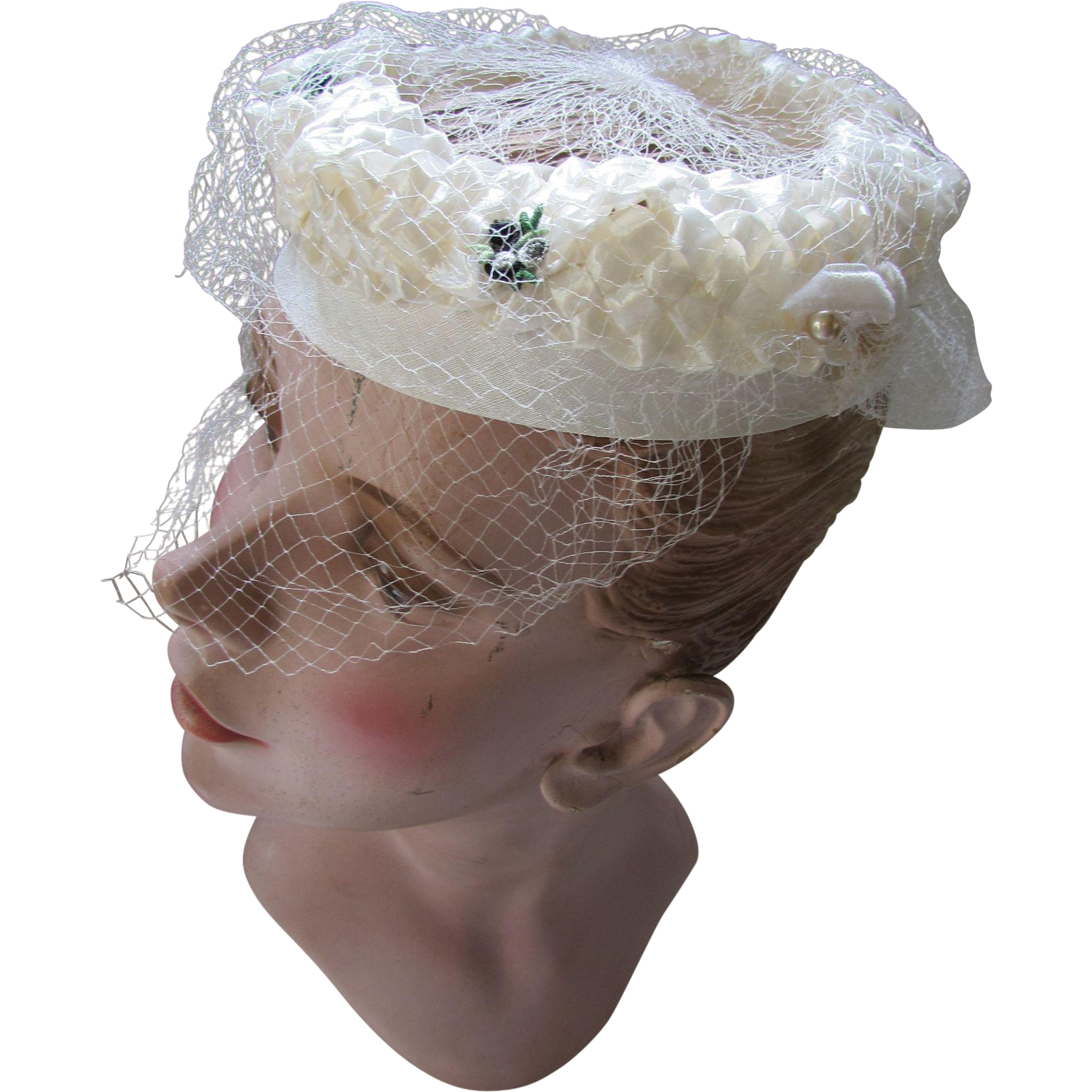 Vintage White Hat with Open Crown Veil and Flower Appliques Bridal Hat