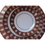 1974 Mikasa Westhampton Pattern 4 Dessert Plates Red and Gold