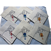 Set Asian Style Napkins with Hanging Lanterns in Multi Colored Appliques and Black Accents
