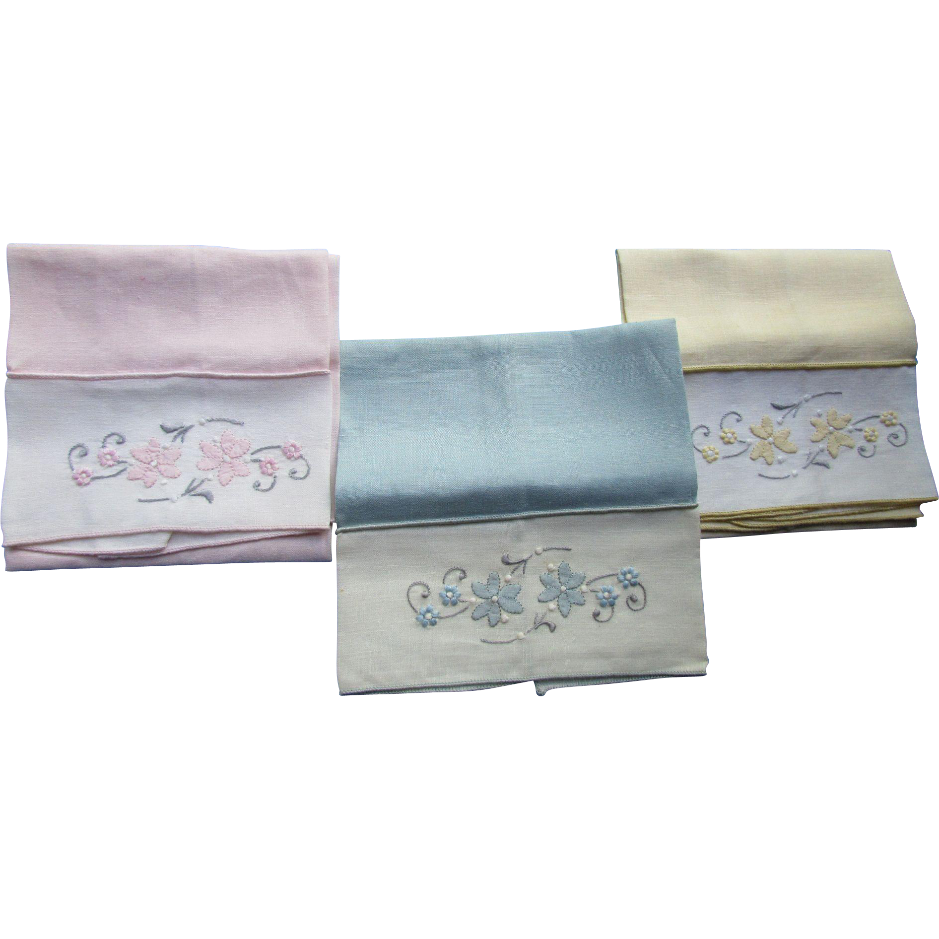 Trio Applique Finger Tip Towels in Pink Yellow and Blue Flower Bands