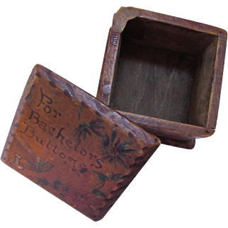Little Wood Box For Bachelors Buttons Early 20th Century Painted Top