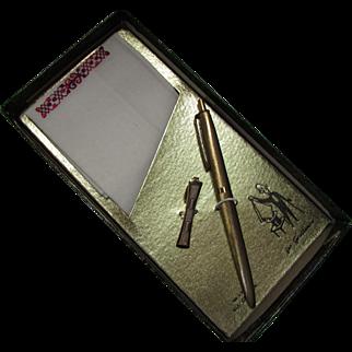 Novelty Set for Gentleman Handkerchief Gold Tone Ink Pen and Tie Clip