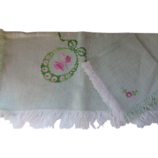 Cottage Style Luncheon Set Tablecloth and Napkins in Mint Green with Pink Embroidery