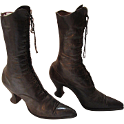 Victorian Edwardian Era High Top Leather Ladies Shoes Boots in Brown with Laces