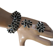 Expansion Bracelet and Earrings in Black Center and Clear Overlay Beads