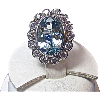 Extraordinary Aquamarine & VS Diamond Estate Engagement/Dinner Halo Ring Platinum