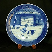 "R C Christmas Plate 1969 ""In the Old Farmyard"""