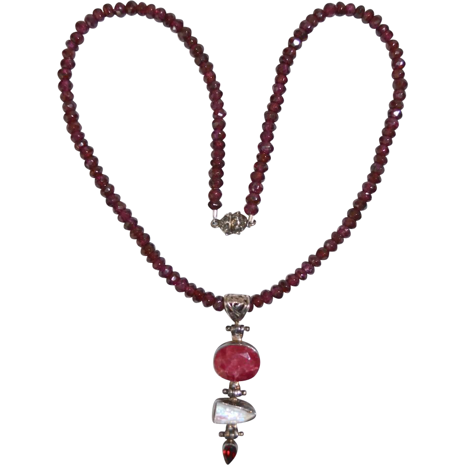 Vintage Asian Garnet Beaded Necklace with Pendant Drop
