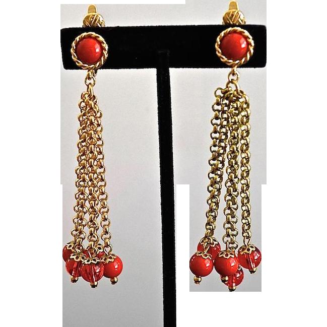 Vintage Trifari Duster Red Lucite Balls Earrings