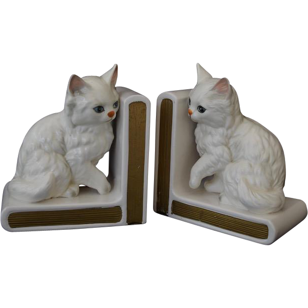 "Charming Lefton White Porcelain ""Little Kitty"" Bookends"