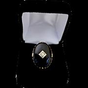 Vintage Ladies Large 14K Gold Oval Onyx Diamond Center Ring