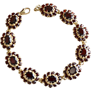 Ladies 14K Gold Red Garnet Gemstone Medallion (10) Link Bracelet