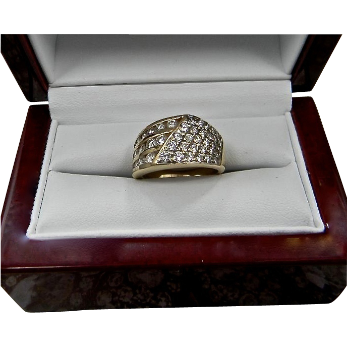 Estate 14K Gold Diamond Anniversary Ring