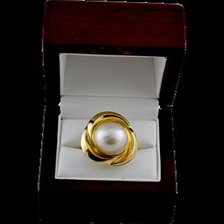 Elegant Estate 14K Gold Mabe Cultured Pearl Ring
