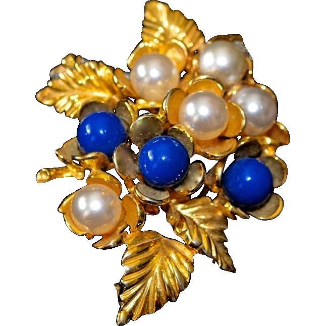 Vintage Ivana Trump Gold Plated Simulated Pearl Brooch / Pendant