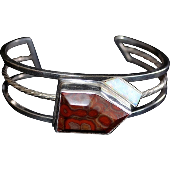 Fancy Sterling Red Jasper Center Stone Mount Ornate Bracelet