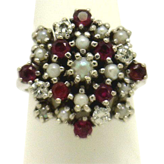 CHIC Vintage 14KWG Cluster/Cocktail Rig of Pearls,Rubies & Diamonds