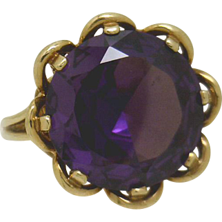 COOL! 10KYG Retro 12.50ct Synthetic Color Change Violet To Bluish Sapphire Ring