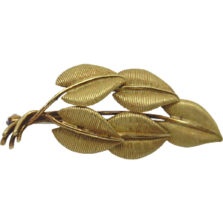"""GRACEFUL ELEGANCE!  18KYG Tiffany & Co """"Leaves"""" Pin (can be worn as pendant!)"""