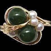 GRACEFUL Vintage Mid-Century 10KYG Nephrite Jade & Cultured Pearl Ladies Ring