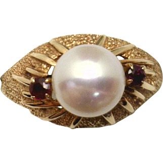 Vintage 14KYG Ring with MAGNIFICENT 8mm Akoya Pearl & Rubies