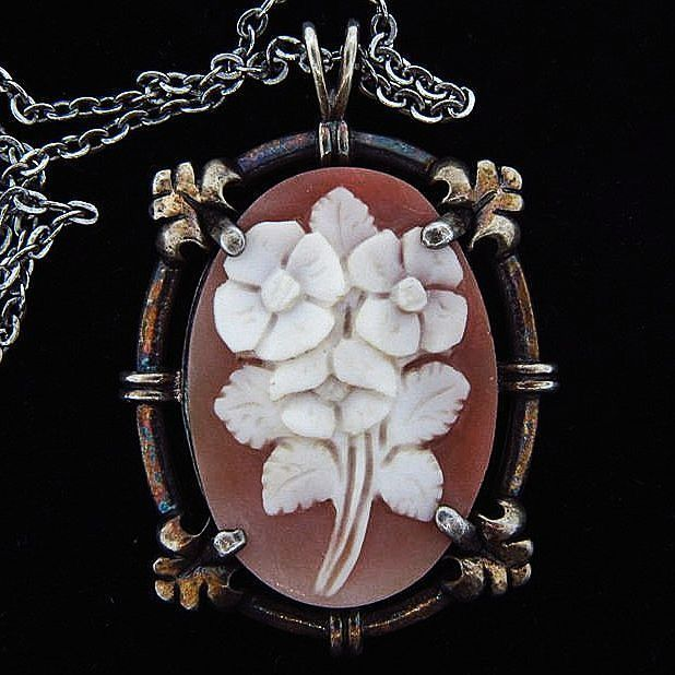 SALE Floral carved shell pendant cameo